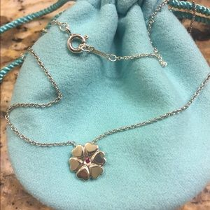 """TIFFANY & Co 16"""" necklace flower of hearts pendant"""